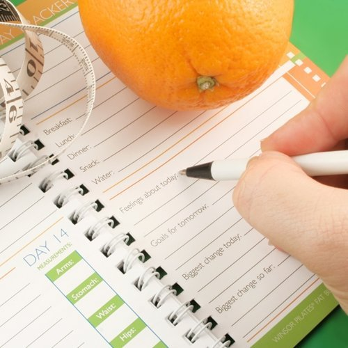 Keeping a food journal can help you lose weight.