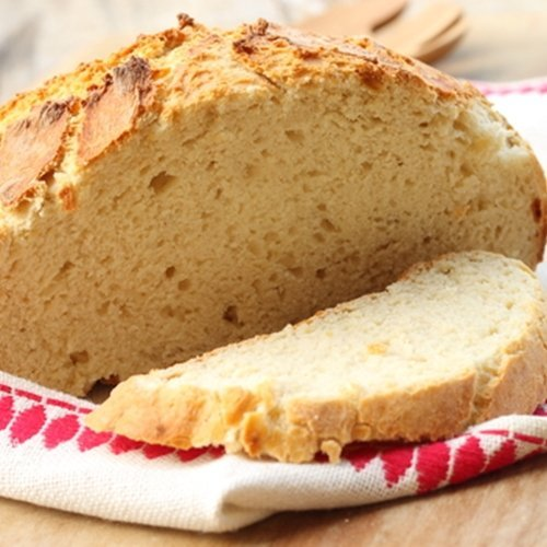 Here are some tips for choosing healthy breads.