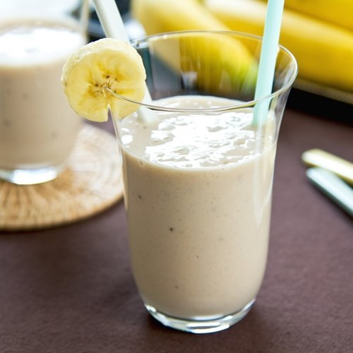 Here's a great recipe for an immunity-boosting, protein-packed banana shake.